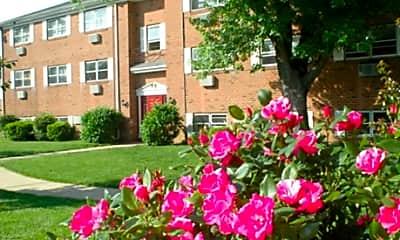 Midway Park Apartments, 1