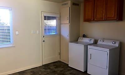 Kitchen, 1070 Williams St, 1
