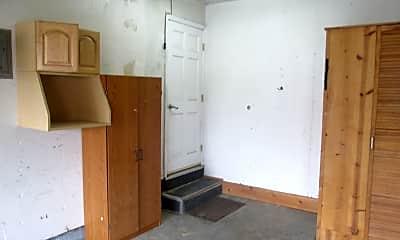 Kitchen, 34199 Cromwell Pl, 2