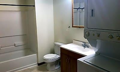 Bathroom, 1117 Vattier Street, 2