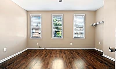 Bedroom, 509 Thropp St, 2
