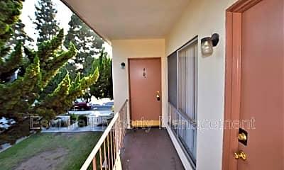 Patio / Deck, 2050 N Ventura Rd, 1