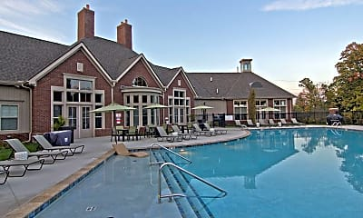 Pool, 780 Kenilworth Ln, 1