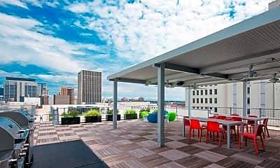 Patio / Deck, 20 Midtown, 1