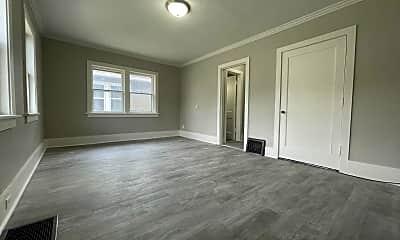 Living Room, 500 Pine St, 1