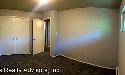 Bedroom, 5707 S Pearl St, 2