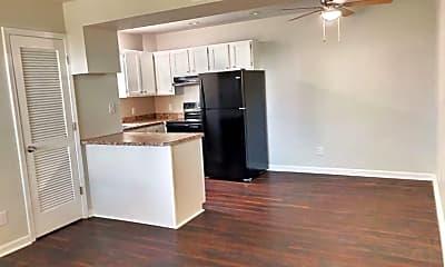 Kitchen, 514 S Poplar Dr, 1