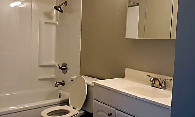 Bathroom, 5900 E Mainsgate Rd, 2