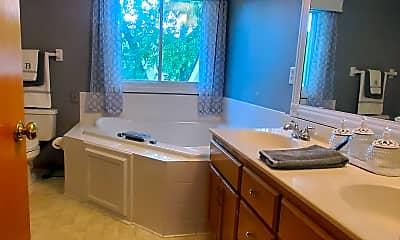 Kitchen, 1069 Bonnieview Dr, 2