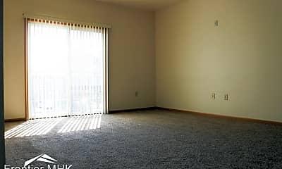 Living Room, 901 Kearney St, 2