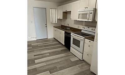 Kitchen, 2750 SW 32nd Ave, 0