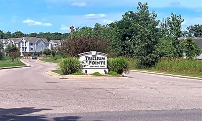 Trillium Pointe, 1