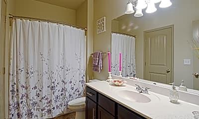 Bathroom, 509 Eureka St, 2