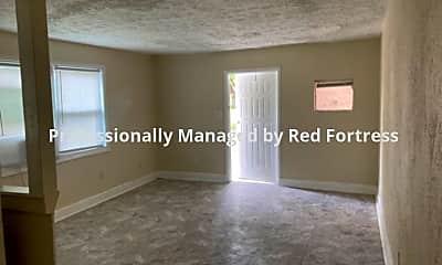 Living Room, 3866 Desoto Ave, 2