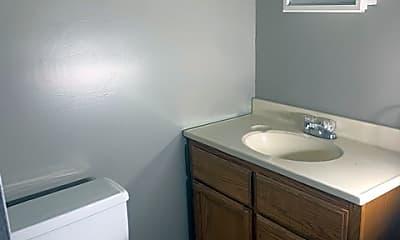 Bathroom, 521 S Prescott St, 2