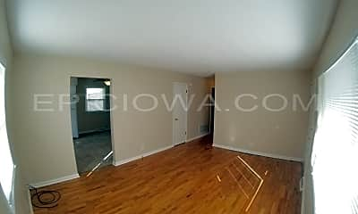 Living Room, 3300 Bowling St SW, 1