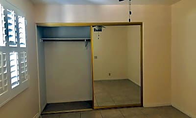 Bathroom, 73880 Shadow Mountain Dr, 2