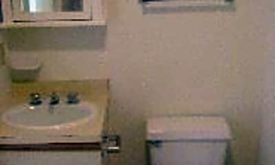 Bathroom, 1921 Ham St, 2