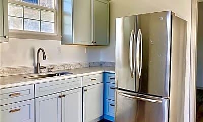 Kitchen, 810 Brookline St SW 4, 1