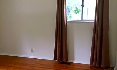 Bedroom, 1502 W Sycamore St, 2