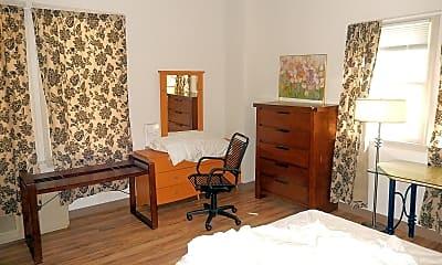 Bedroom, 364 Harvard St, 1