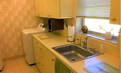 Kitchen, 8421 NW 12th St, 1