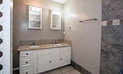 Bathroom, 609 Olive St, 1