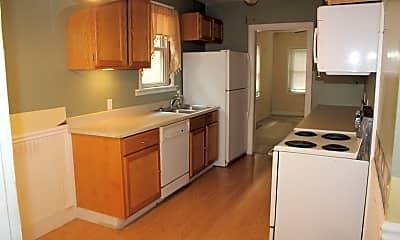 Kitchen, 524 Kickapoo, 1