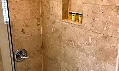 Bathroom, 618 S New Hampshire Ave, 2
