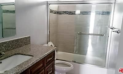 Bathroom, 5426 Barton Ave 4, 2