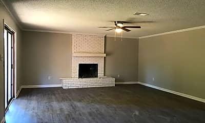 Living Room, 2655 Hoyte Dr, 1