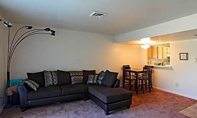 Living Room, Saddlewood Townhomes, 1
