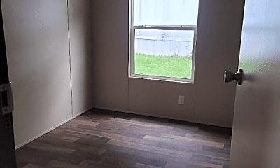 Living Room, 19 SPARK Ln, 2