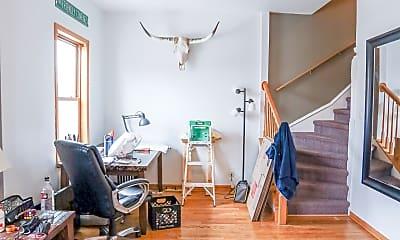 Living Room, 1120 W Roscoe St, 1