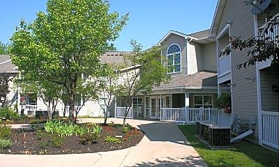 Building, Hopkins Court Apartments, 1