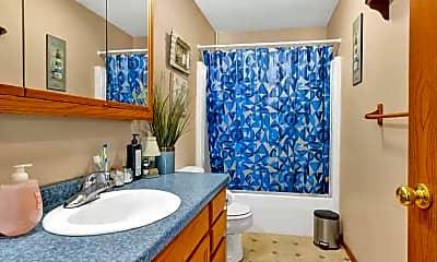 Bathroom, 1666 Bittersweet Dr, 2