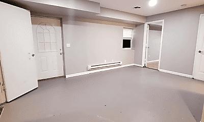 Bedroom, 400 Rose Ave, 2