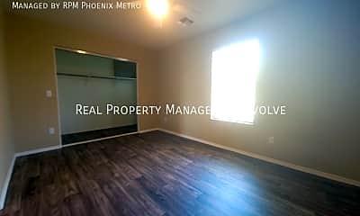 Living Room, 1111 E Lowell Ct, 2