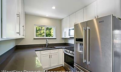 Kitchen, 11910 Venice Blvd, 1
