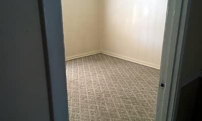 Bedroom, 3351 LA-594, 1
