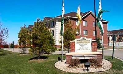 Dakota Station Apartments, 1