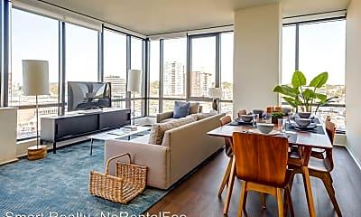 Living Room, 2040 Hudson St, 2