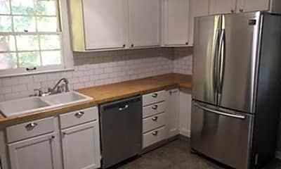 Kitchen, 2002 E Camellia Dr, 1