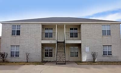 Building, 3301 Hereford Ln Apt C, 0