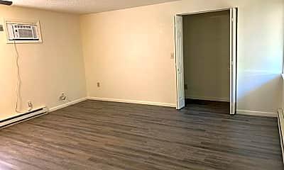 Bedroom, 510 E Harrison St, 1