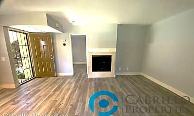 Living Room, 10347 Azuaga St, 1