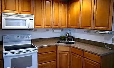 Kitchen, 936 Knox St, 1