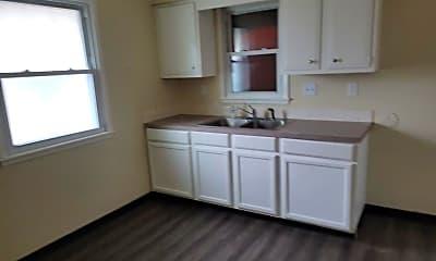 Kitchen, 305 Loomis Ave, 1