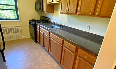 Kitchen, 81 Beacon Hill Dr 3K1, 0