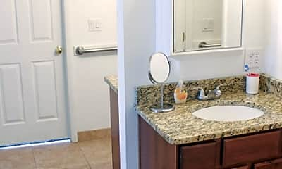 Bathroom, Red Mountain Student Living, 2